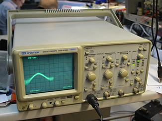Осциллограф, Instek лабораторный контрольно-измерительный прибор позволяет выявлять самые скрытые поломки на системной плате.